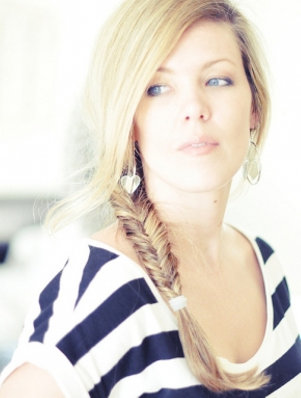 Picture Of Cool Ideas To Do Fishtail Hairstyle 2