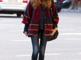 10 Cool Looks With Trendy Burgundy Boots9