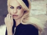 10 Elegant Looks With Black Headband4