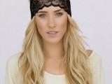 10 Elegant Looks With Black Headband7