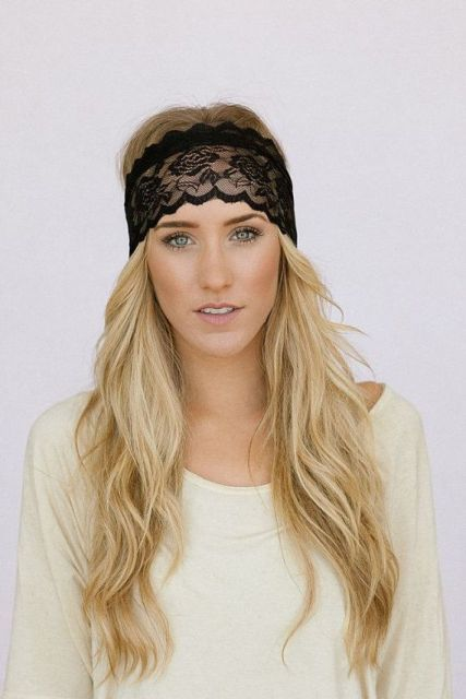 Elegant Looks With A Black Headband