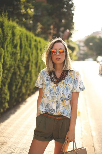 Picture Of Summer Outfits With Tropical Prints 10