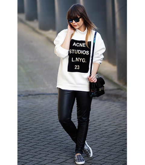 Picture Of Ways To Wear Sneakers 8