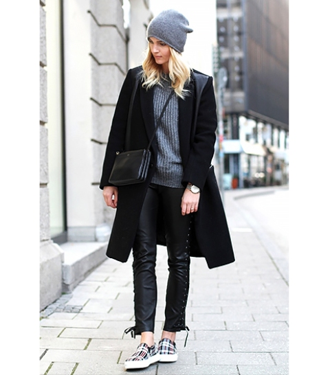 Awesome Ways To Wear Sneakers