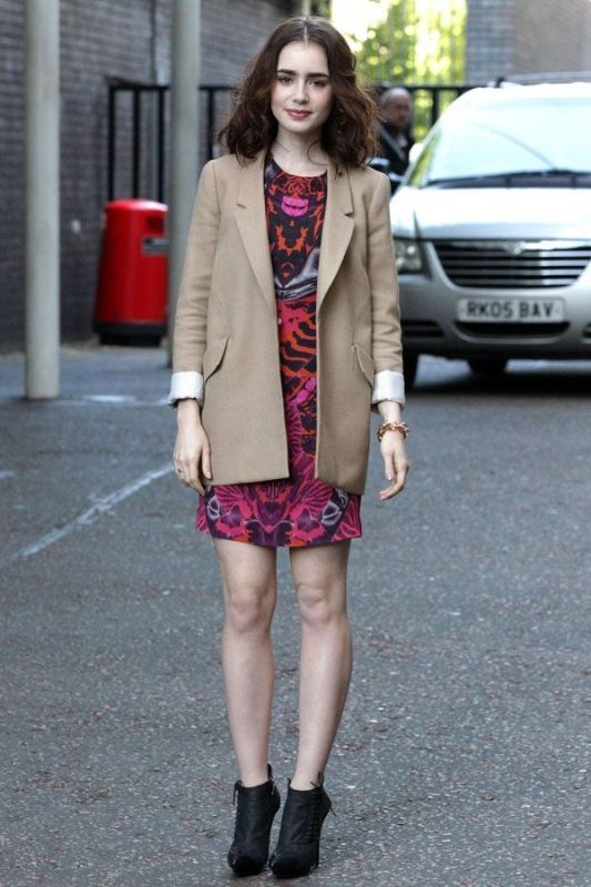 Picture Of best everyday looks of lily collins  2