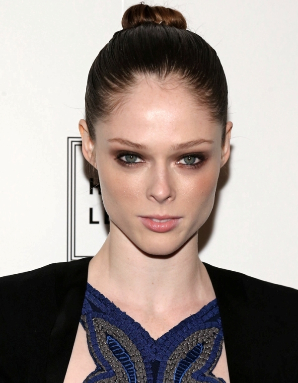 Picture Of best hair and makeup looks of coco rocha  5