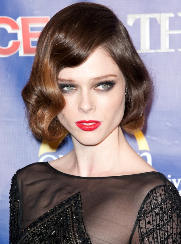 Picture Of best hair and makeup looks of coco rocha  6