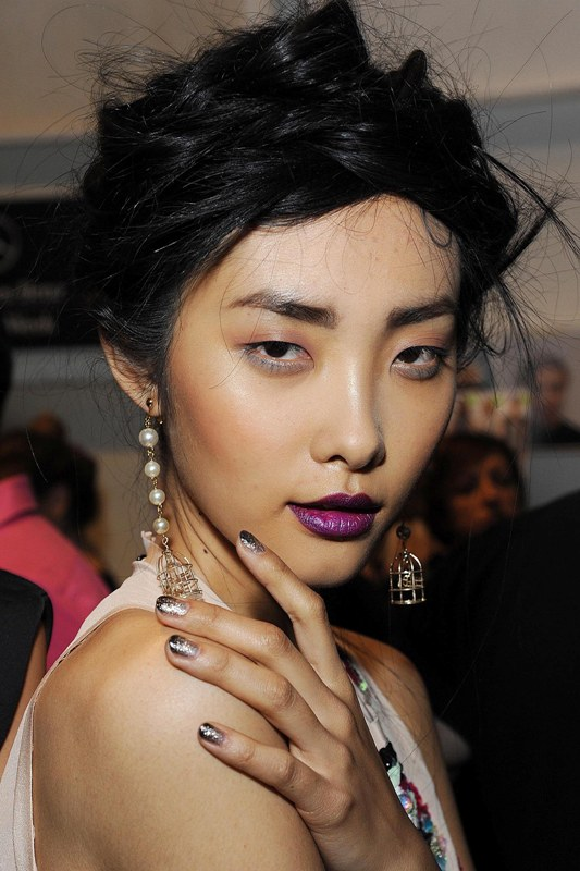 Picture Of hottest nail polish trends to try now  8