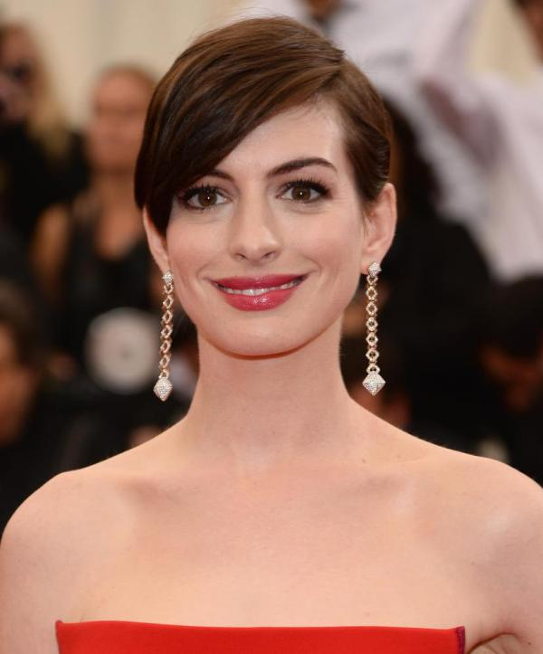 Picture Of inspiring bang hairstyles to try now  4