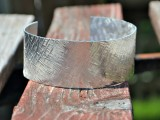 10-minutes-texture-stamped-cuff-1