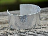 10-minutes-texture-stamped-cuff-4