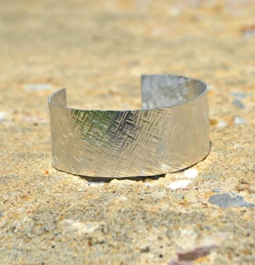 Minutes DIY Textured Stamped Cuff