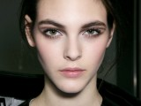 10-new-and-creative-ways-to-wear-your-eyeliner-2