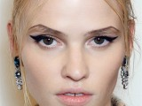 10-new-and-creative-ways-to-wear-your-eyeliner-6