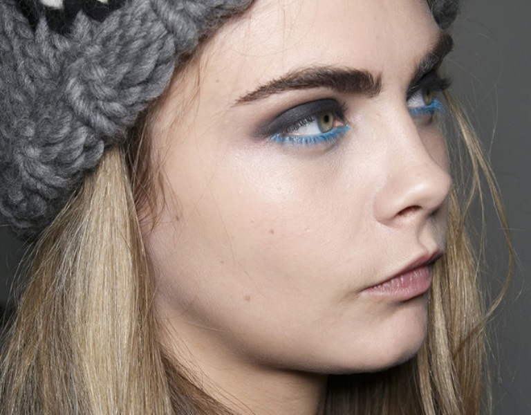 Picture Of new and creative ways to wear your eyeliner  7