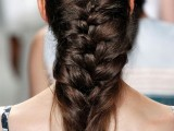 10-not-so-ordinary-and-trendy-braids-from-2015-fashion-weeks-1