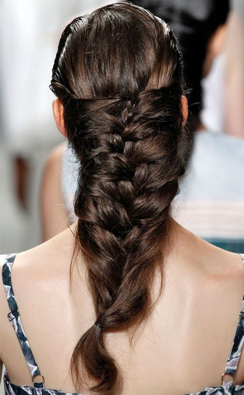 10 Not So Ordinary And Trendy Braids From 2015 Fashion Weeks