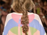 10-not-so-ordinary-and-trendy-braids-from-2015-fashion-weeks-4