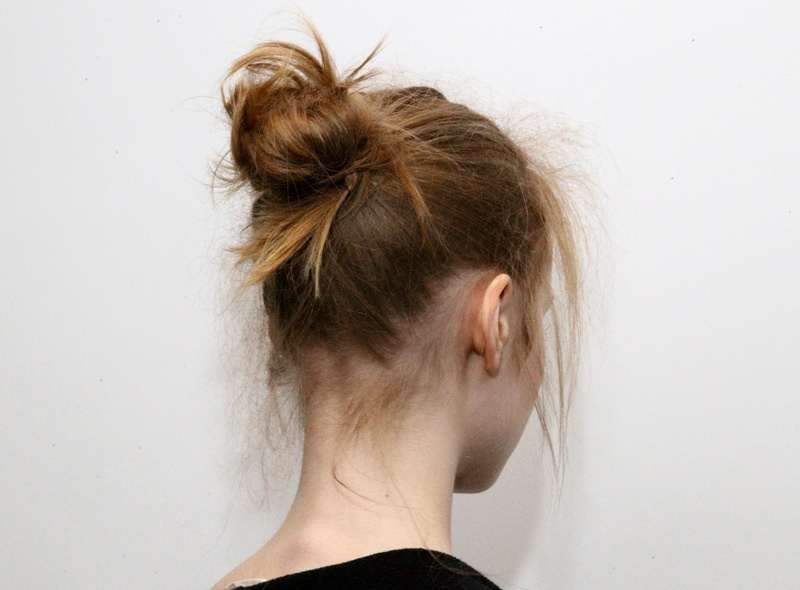 Picture Of trendy ballerinas inspired messy bun hairstyles  4
