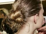 10-trendy-ballerinas-inspired-messy-bun-hairstyles-6