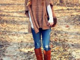 11 Comfortable Knitted Ponchos For Autumn Days2