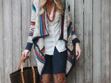 11 Comfortable Knitted Ponchos For Autumn Days4