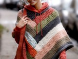 11 Comfortable Knitted Ponchos For Autumn Days9