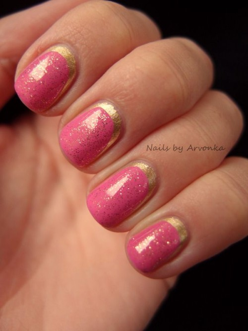 Fabulous Golden Manicure Ideas To Try Now