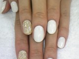 11-fabulous-golden-manicure-ideas-to-try-now-5