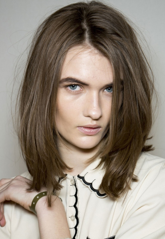 Picture Of trendy hairstyles of this fall from fashion runways  10