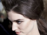 11-trendy-hairstyles-of-this-fall-from-fashion-runways-2