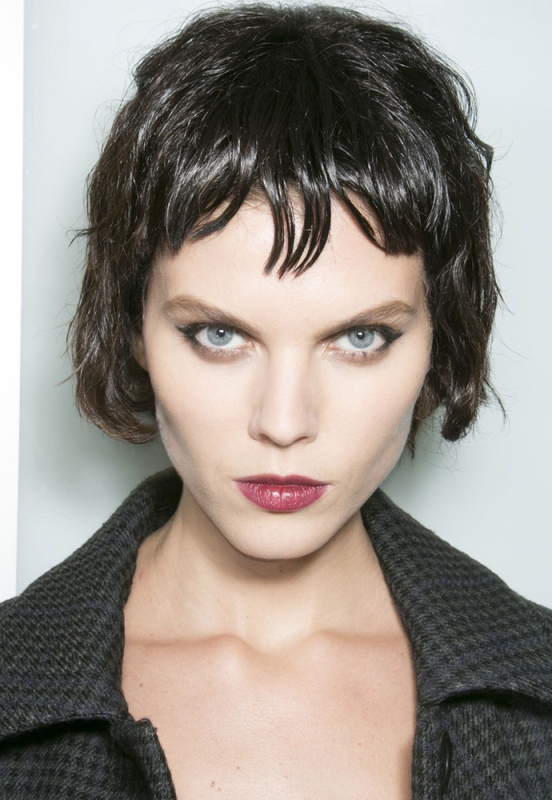 Picture Of trendy hairstyles of this fall from fashion runways  7