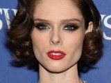 12 Celebrities-Inspired Holiday Makeup Ideas2