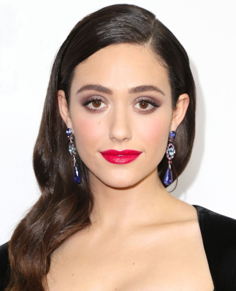 Picture Of Celebrities Inspired Holiday Makeup Ideas 5