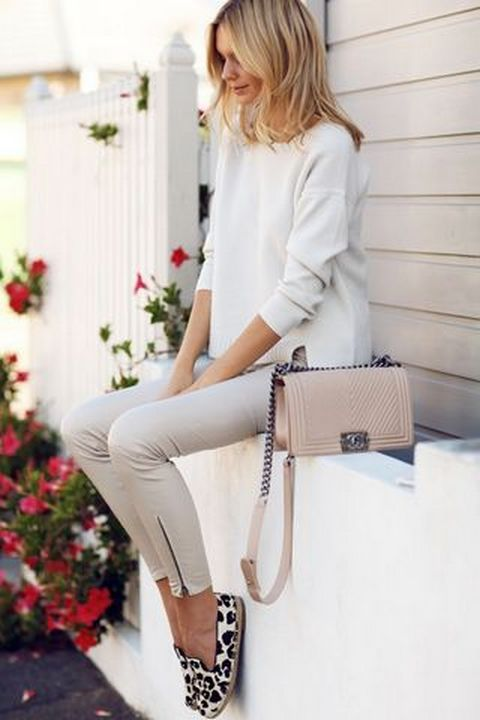 Picture Of Minimal Neutral Chic Looks For Every Day 4