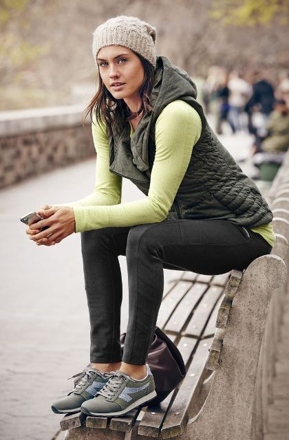 Picture Of Sporty And Stylish Outfits For Your Workout 6