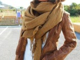 12 Trendy Scarves For This Fall5