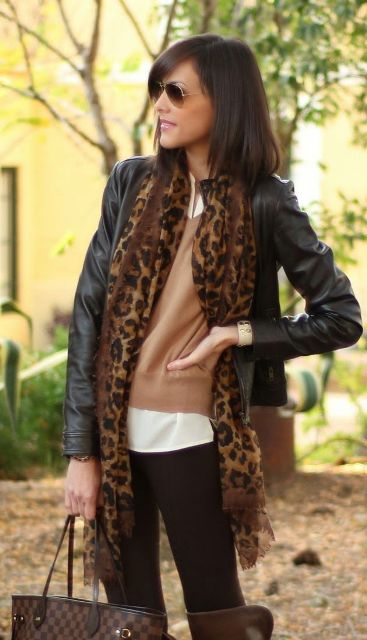 Picture Of Trendy Scarves For This Fall 8