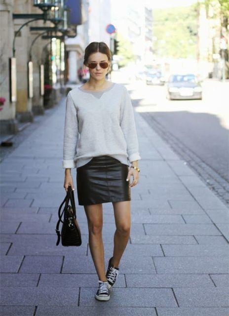Picture Of Mainstream Work Outfits With Sneakers 7