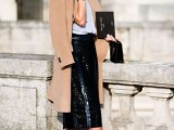 13 Mainstream Work Outfits With Sneakers8