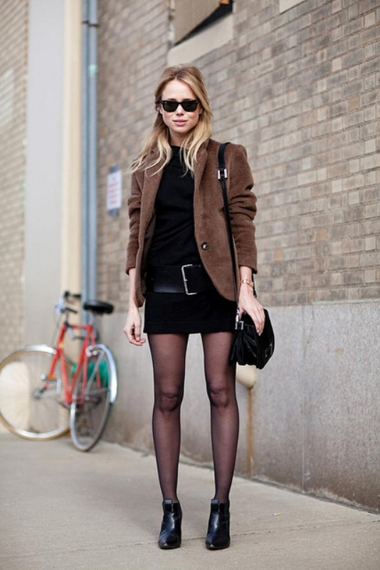 Picture Of chic and stylish ways to wear an oversized belt  4