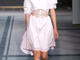 13-chic-and-stylish-ways-to-wear-an-oversized-belt-7