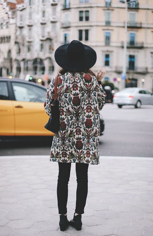 Picture Of lovely floral overcoats to wear this fall  1