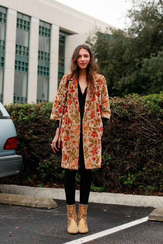 Picture Of lovely floral overcoats to wear this fall  9