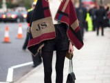 13-stylish-and-warm-ways-to-wear-cape-this-fall-12