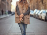 13-stylish-and-warm-ways-to-wear-cape-this-fall-5