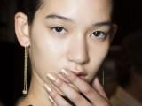 13-trendiest-nail-art-ideas-from-spring-2015-fashion-week-4