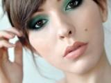 13-ways-to-upgrade-your-basic-smokey-eyes-makeup-1