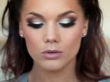 13-ways-to-upgrade-your-basic-smokey-eyes-makeup-10
