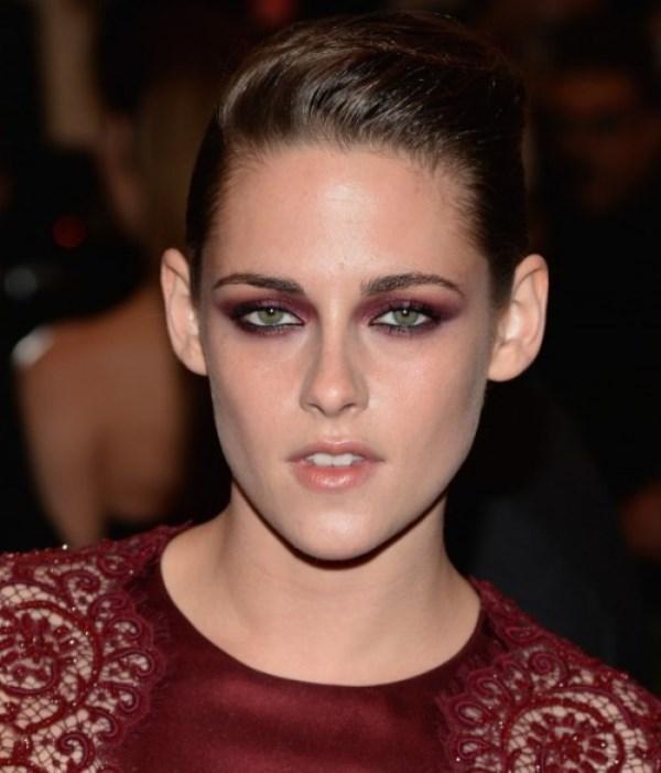Picture Of ways to upgrade your basic smokey eyes makeup  11